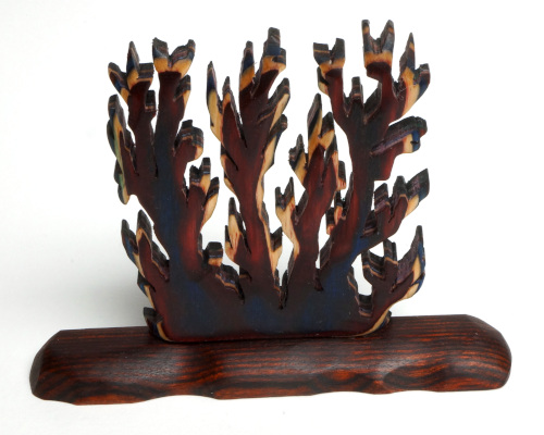Coral Carving in Patriotic Frogwood